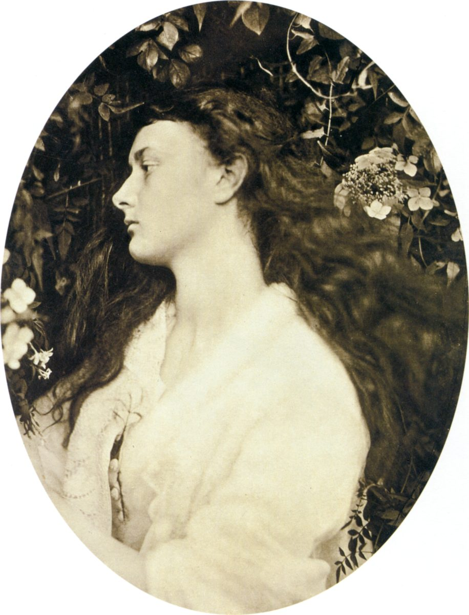 Alethea,_by_Julia_Margaret_Cameron